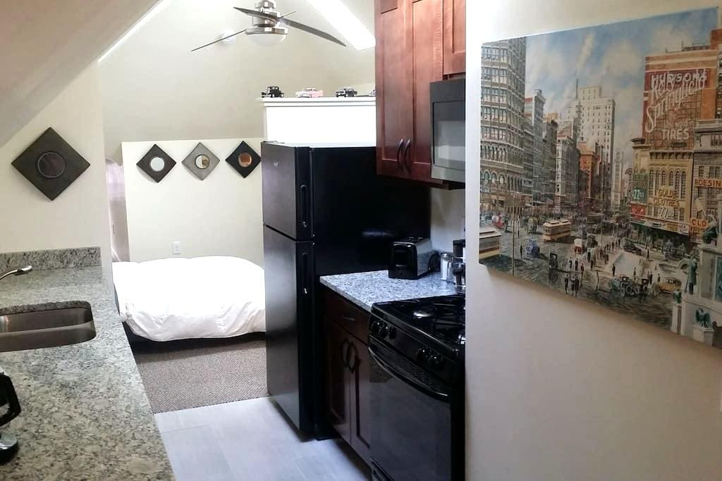 Wheel Makers ESCAPE SW Mexicantown - Detroit - Appartement
