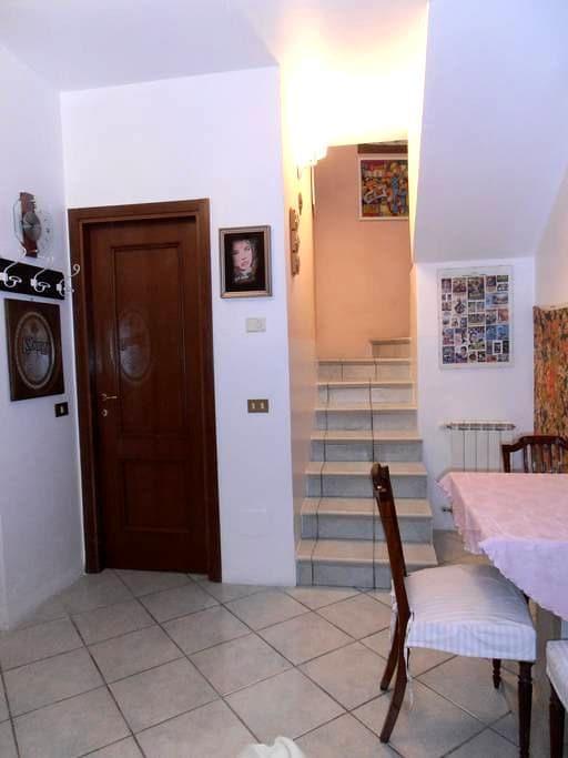Appartamento indipendente - Corticelle Pieve - Huoneisto
