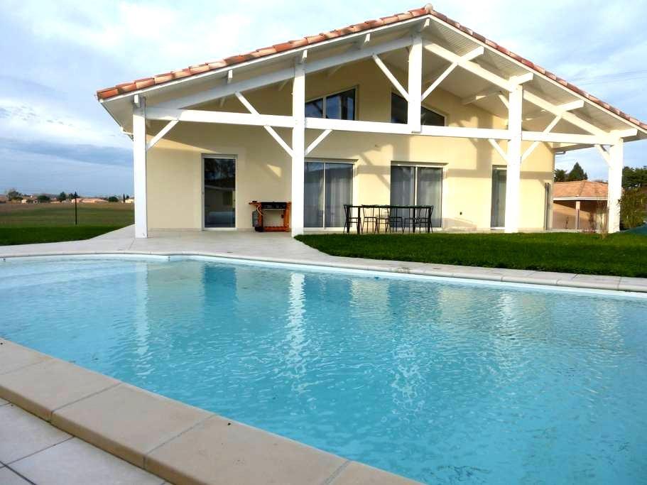 Maison neuve avec piscine - Laroque-Timbaut - Вилла