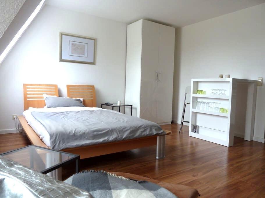 Gemütlich und moderne Wohnung First - Oldenburg - Leilighet