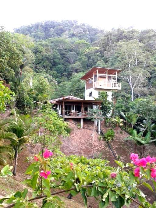 Tower Top Penthouse with Kitchen - Bahía Ballena - Appartement