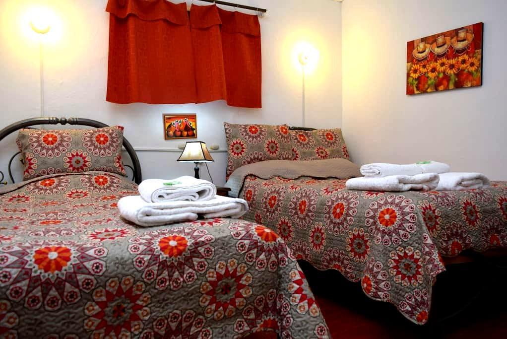 CARLOS -ROOM WITH TWIN BEDS -CUSCO - Cusco - House