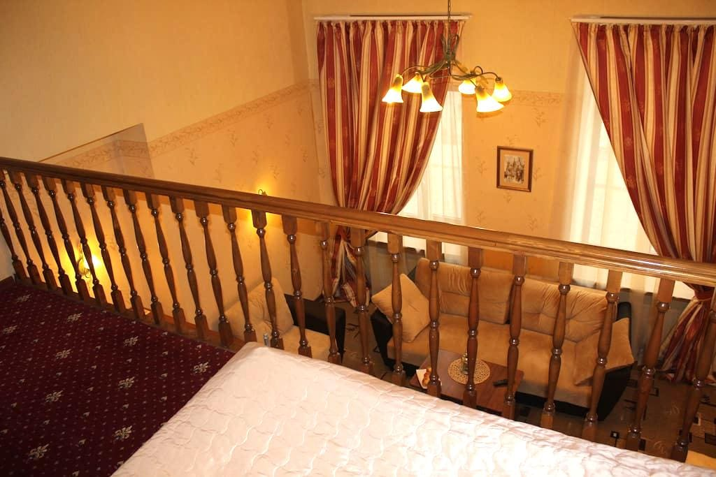 Duplex apartment in the center Spb - Sankt-Peterburg - Bed & Breakfast