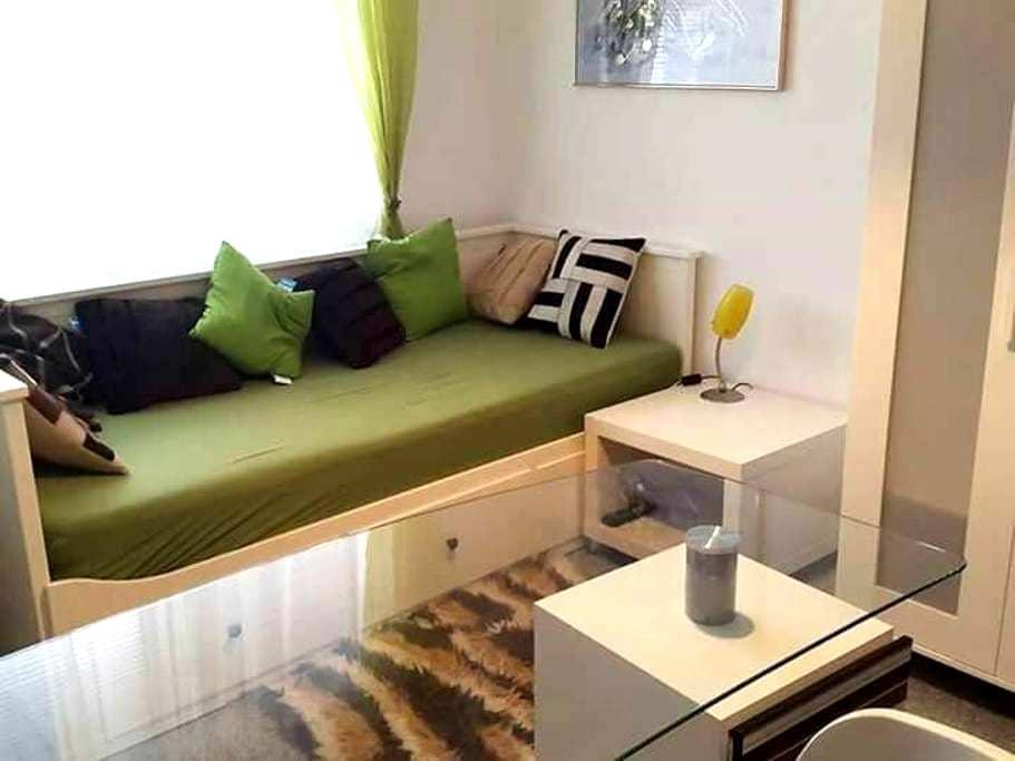 Komfortables und sauberes Zimmer - Eisenstadt, Burgenland, AT - Appartement
