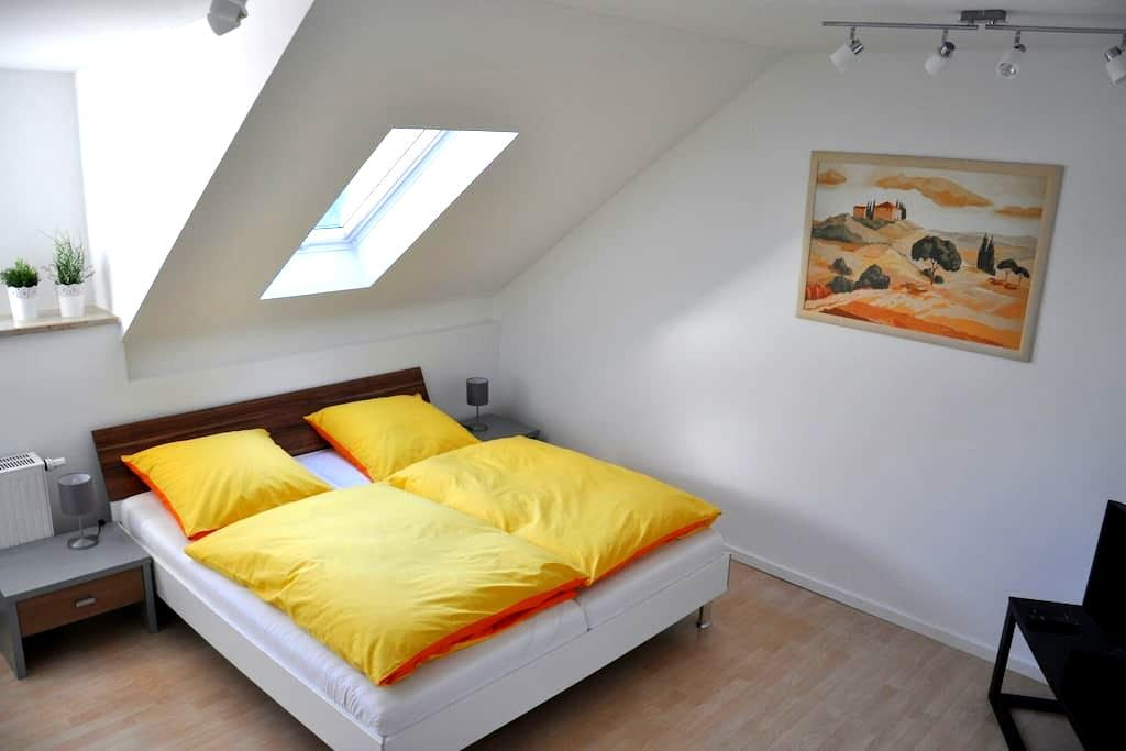 Gemütliche Dachgeschosswohnung - Utting am Ammersee - Daire