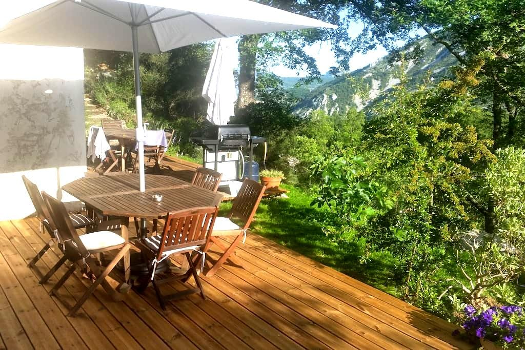 Beautiful Apartment with Great Outdoor - Gréolières - Byt