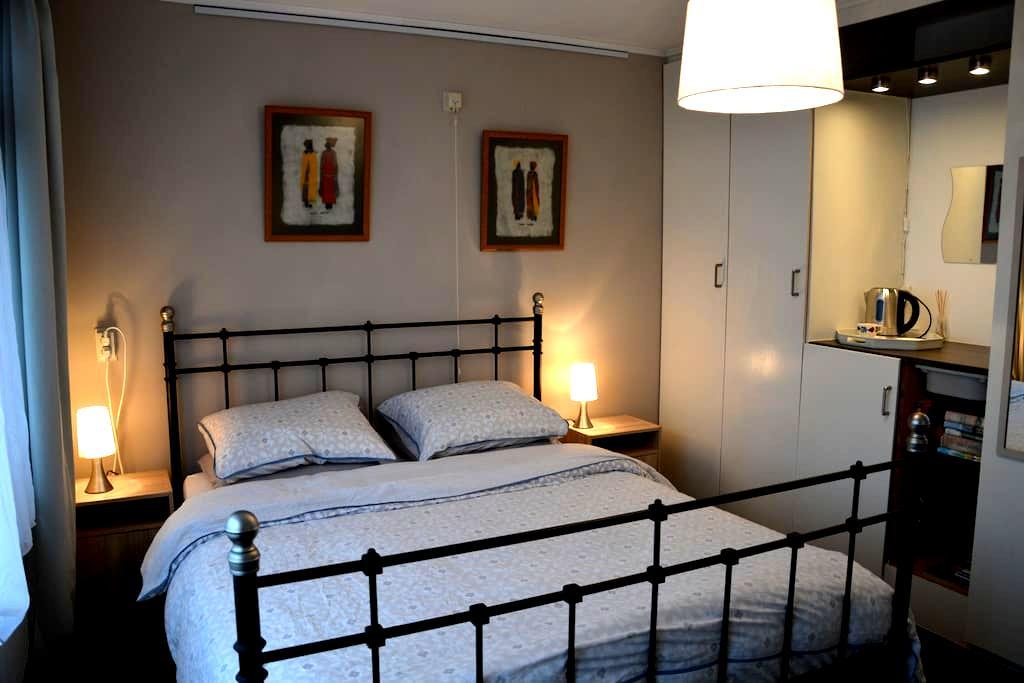 Odding's place  Letaba room - Hardenberg - Bed & Breakfast