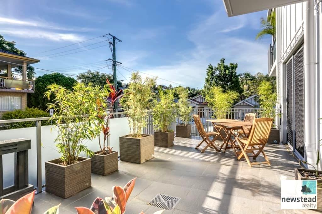 Elegant Inner City Home near QUT - Kelvin Grove - Apartemen