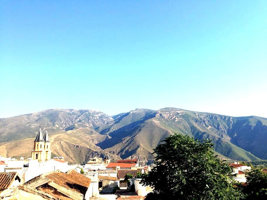 Orgiva Townhouse - Mountain Getaway - Órgiva - 連棟房屋