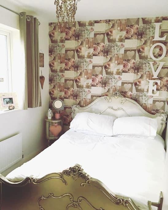 Double bedroom in Chelmer Village - Chelmsford - House