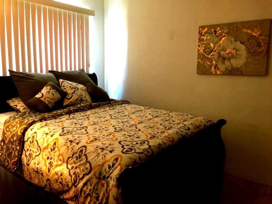 1 bedroom/1bath!! Great Price! - GU - Departamento