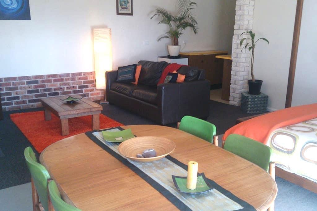 Studio apartment in Bega - Bega - Daire