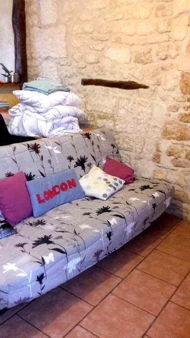 Studio&Relax in Mello (not Cires-les-Mello) - Cires-lès-Mello - Appartement