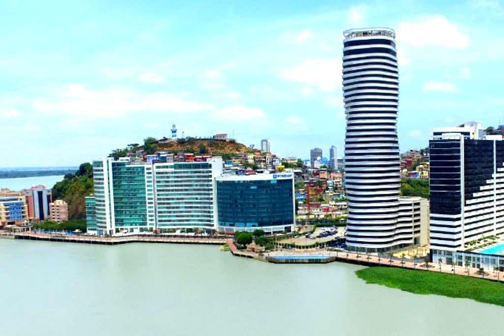 Suite de Lujo amoblada en el mejor sector de Gye. - Guayaquil - Lyxvåning