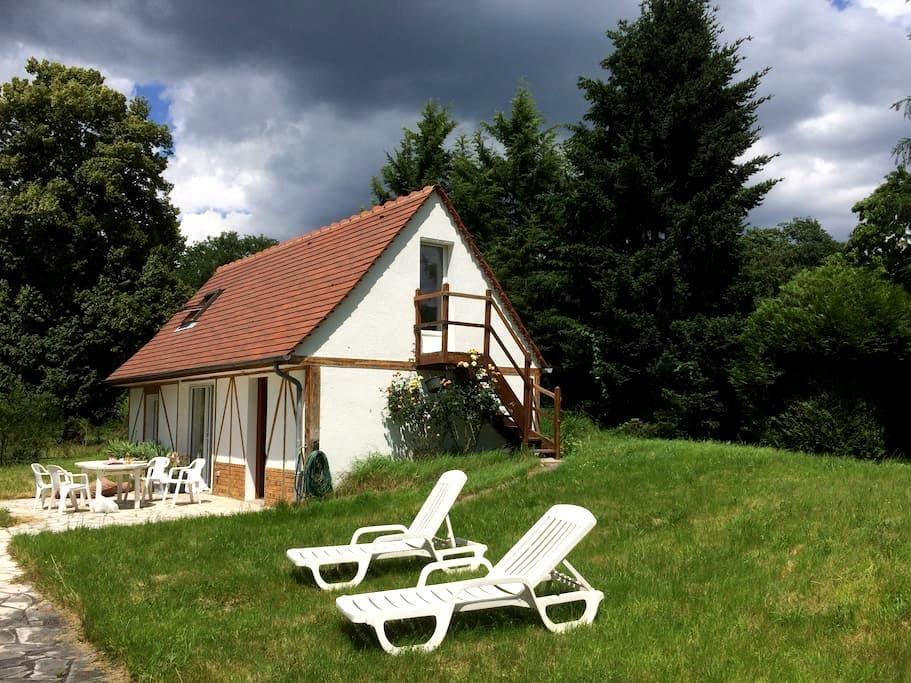 Maison dans la forêt - Chamant - Ev