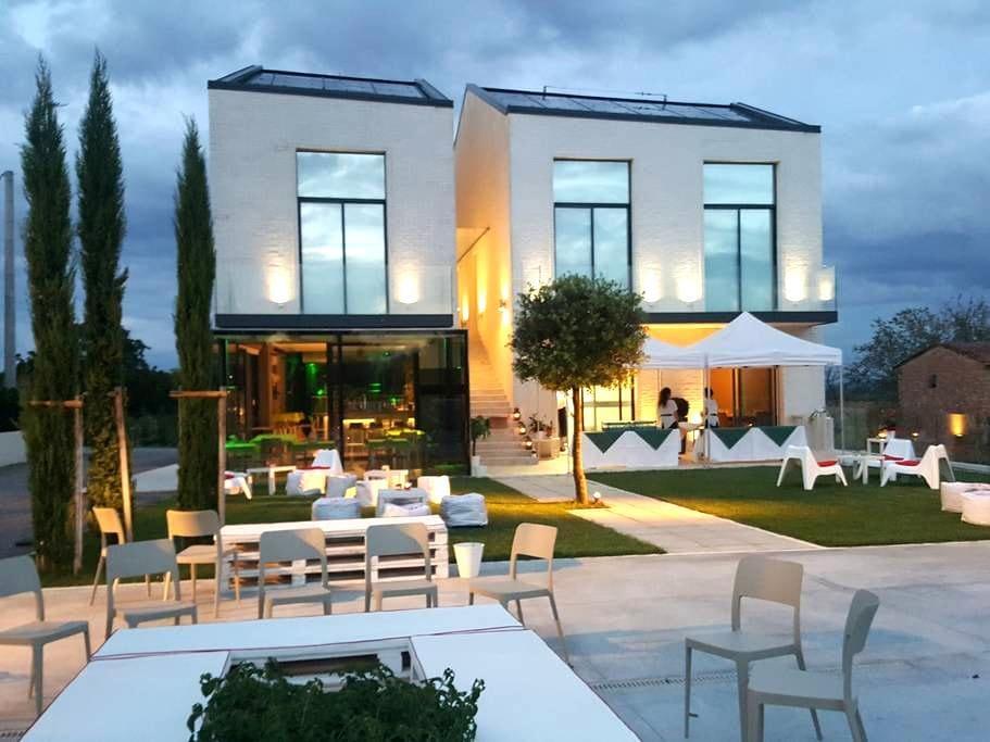 "Brewpub Beer House ""Dubbel"" a Montepulciano - Abbadia - Huis"