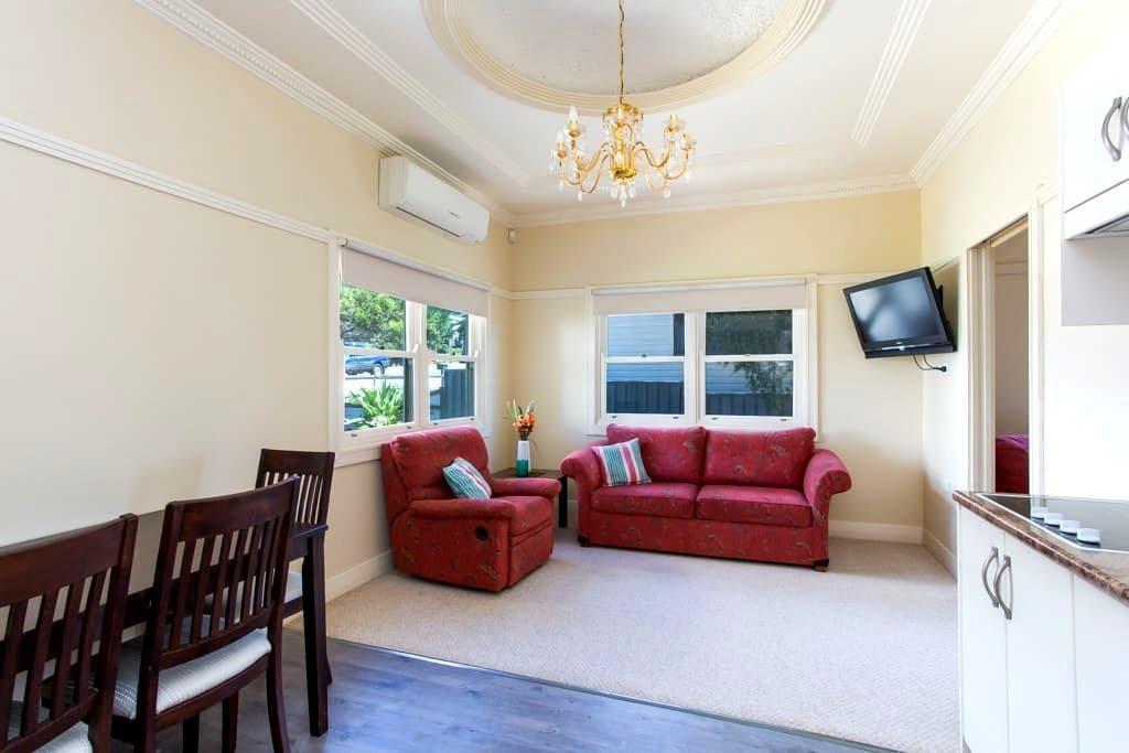 Edith Lodge - Apartment 2 - Waratah - Appartement