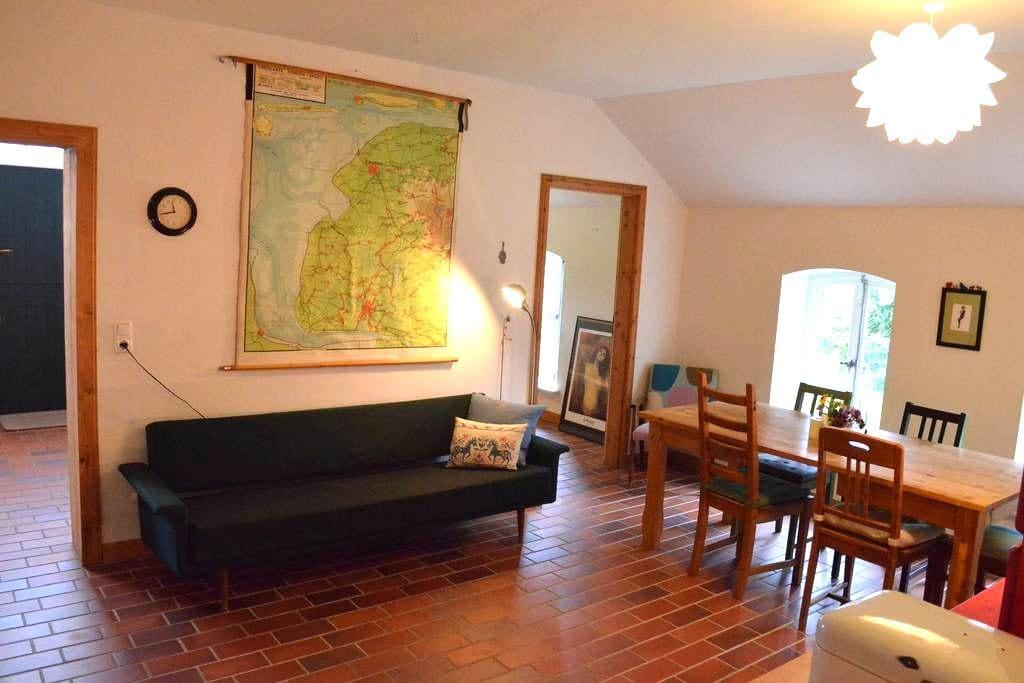 Wohnen im historischen Bauernhaus - Westoverledingen - Apartemen