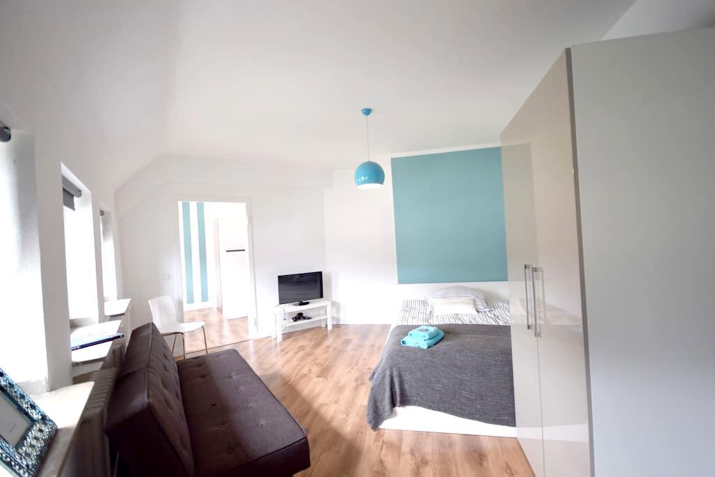 Cozy apartment centrally located Friedrichstadt M2 - Dusseldorf