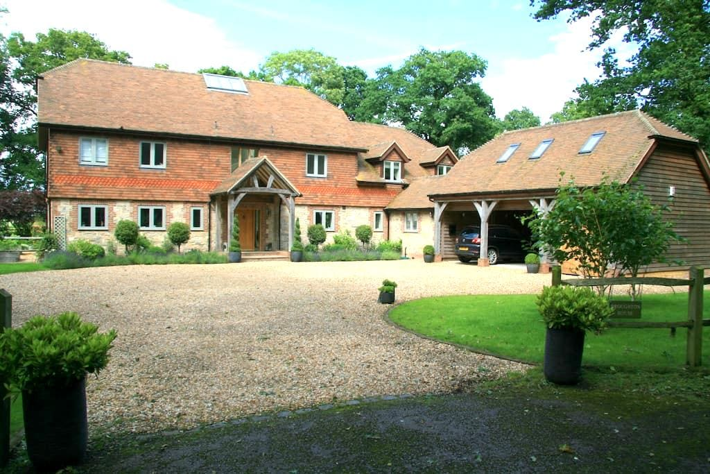 Private room in Annex - Near Chichester/Goodwood - Bosham - Huis