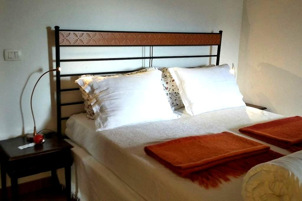 Le Caillou double room + 1 - San Remo - Bed & Breakfast