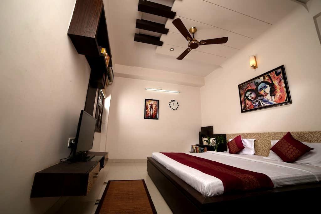 Cozy Private Room in 2 BHK Penthouse - Jaipur - Apartamento