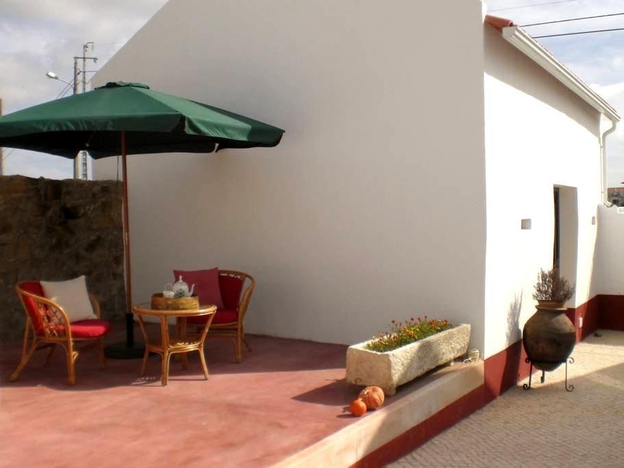 Casas do Bárrio-Casa Avô Agostinho - Alcobaça - Villa