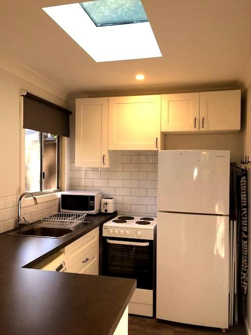 Cozy N Narrabeen Self Contained Apt - North Narrabeen - Appartement