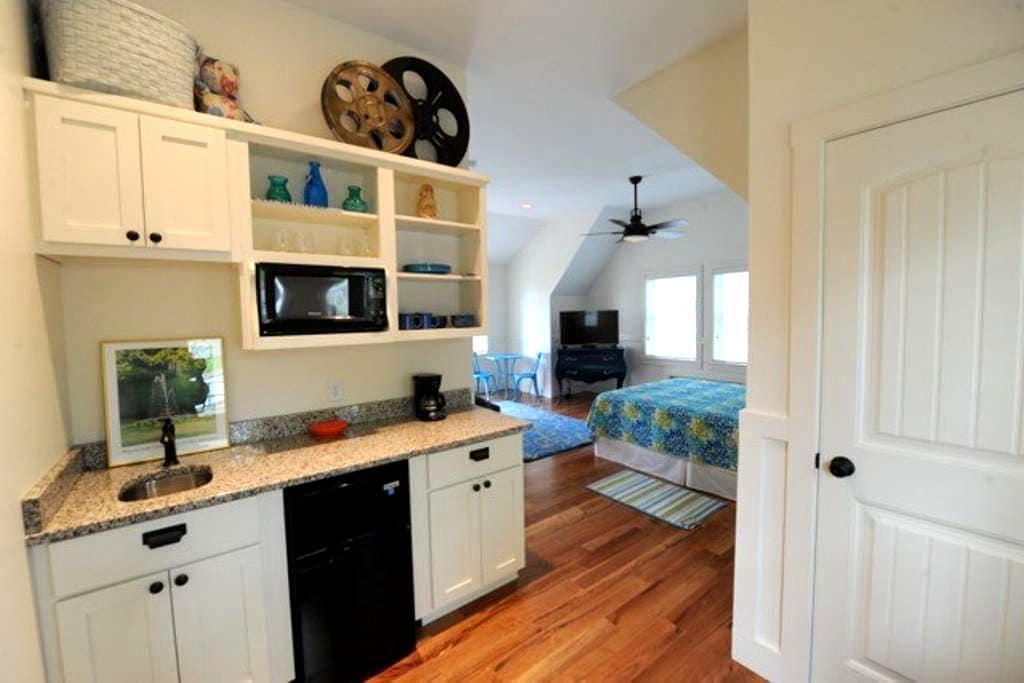 Guest House on Terrace   Suite B - Winona Lake - Apartamento