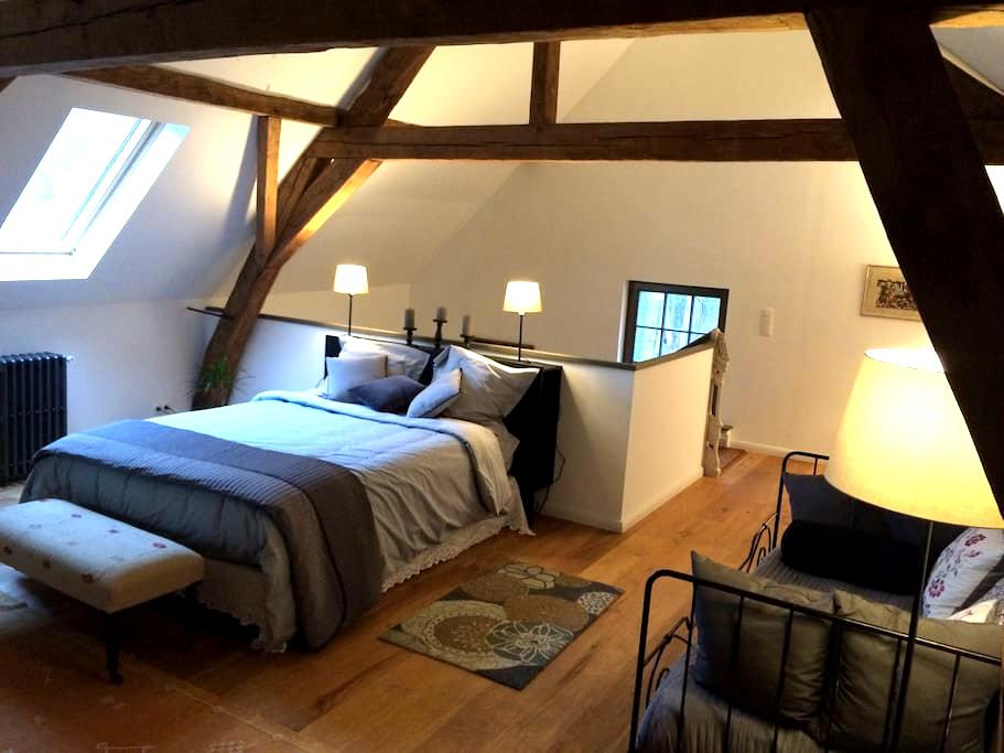 Charming cottage in castle grounds - Meise - Huis