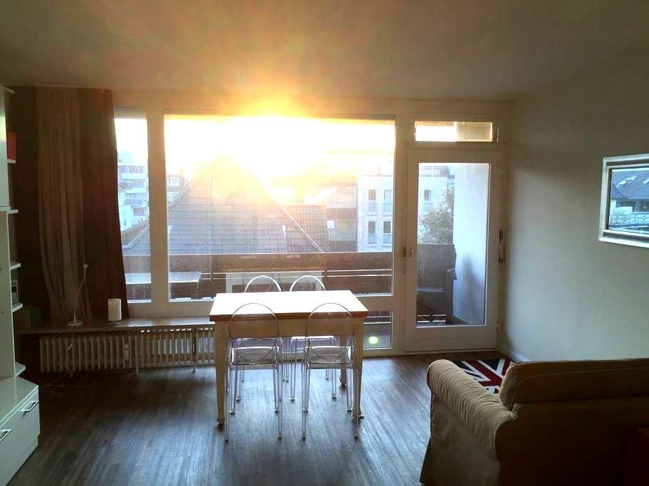Central, bright & quiet w balcony - Вестерланд - Квартира