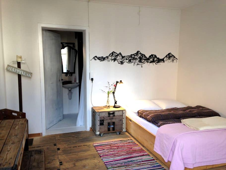 Apartement downtown - Interlaken - Loteng Studio