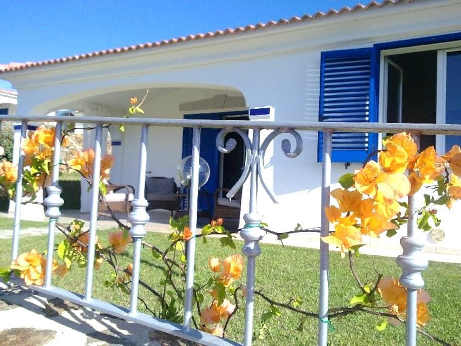 Detached villa with seascape near Costa Smeralda! - Punta S. Anna - 別墅