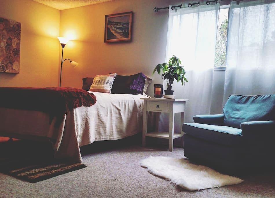 Cozy, Spacious Room--Walk to the beach! - Aptos - Casa