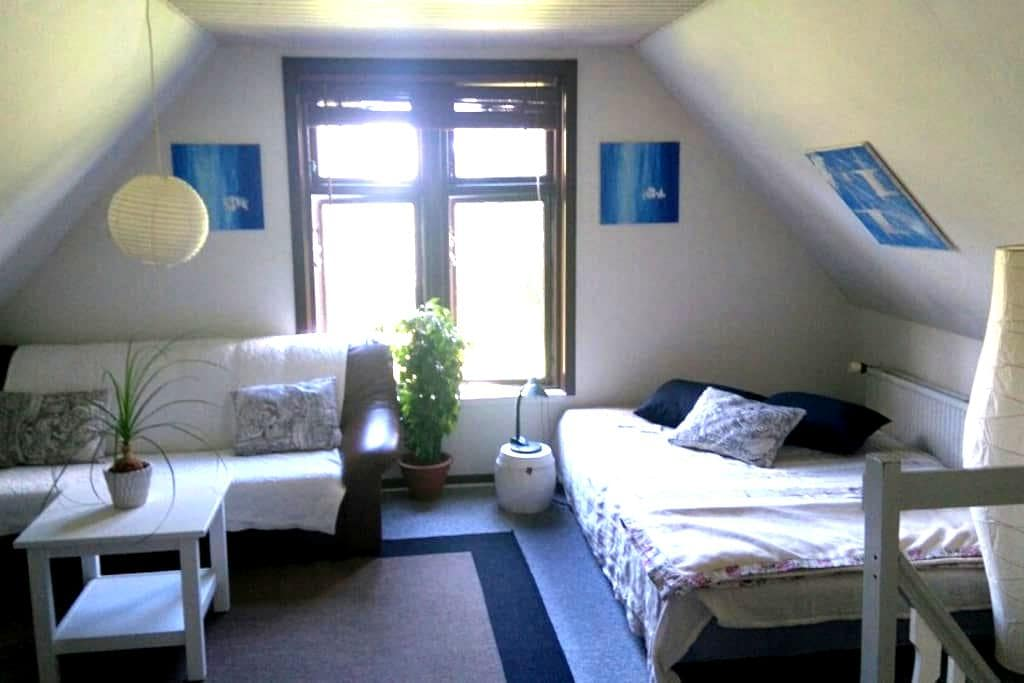 Own appartment with light breakast - Hedensted - Daire