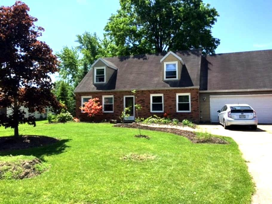 Honey's House- - Rootstown - Hus