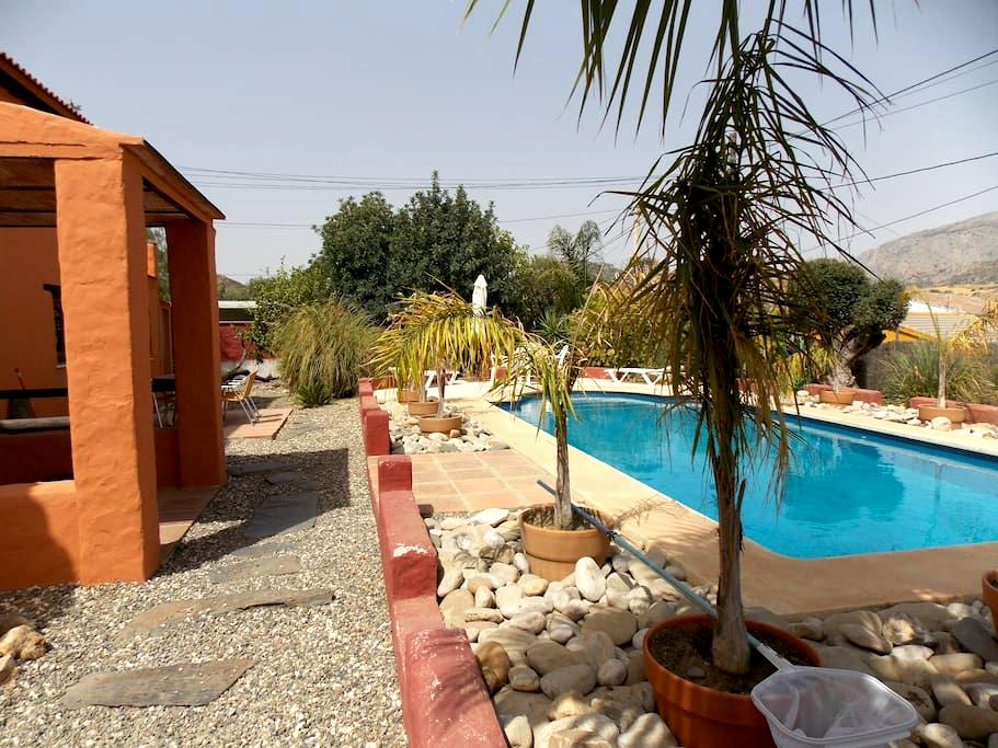 Flat with swimming pool near Caminito Del Rey - Álora - Appartement