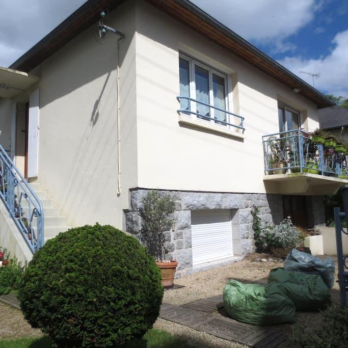 Casa del bonheur - Guingamp - Hus