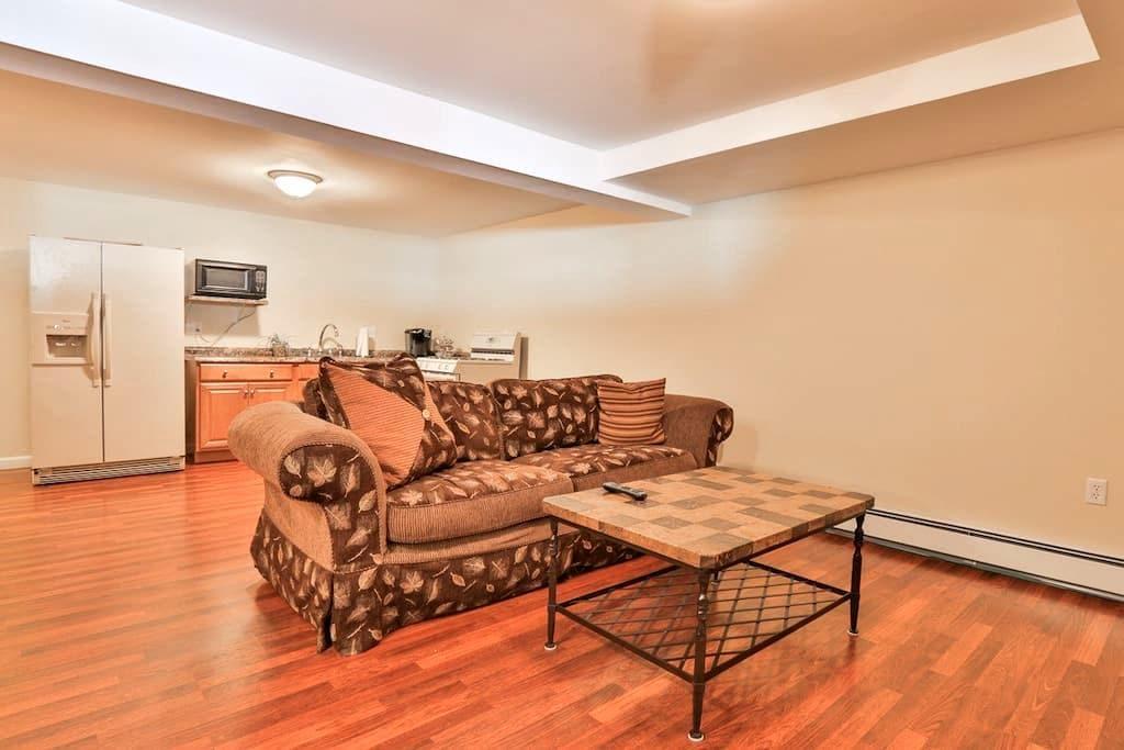 Full Studio Apartment in Newburyport - Newburyport - Hus