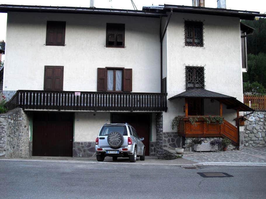 Monolocale a Commezzadura Trentino - Almazzago - Appartement