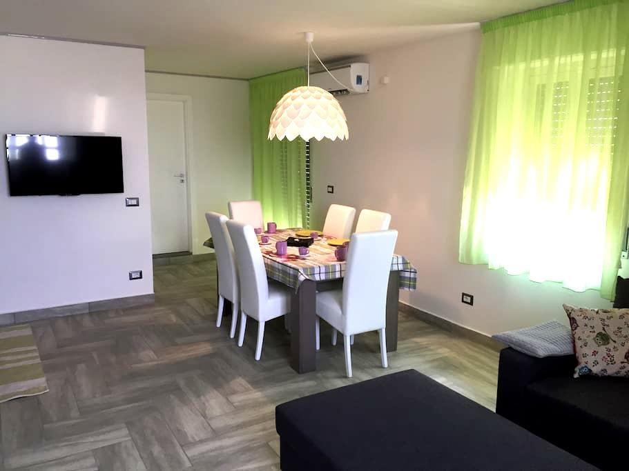 SunSea Appartamento - Giardini Naxos - Hus