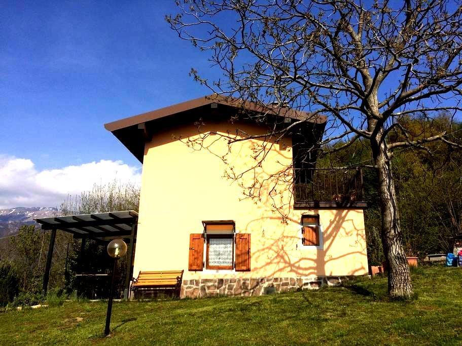 Accogliente casetta monteisola - Masse - Дом