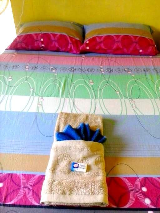Cozy Apartment with Full Kitchen - Negril - Departamento