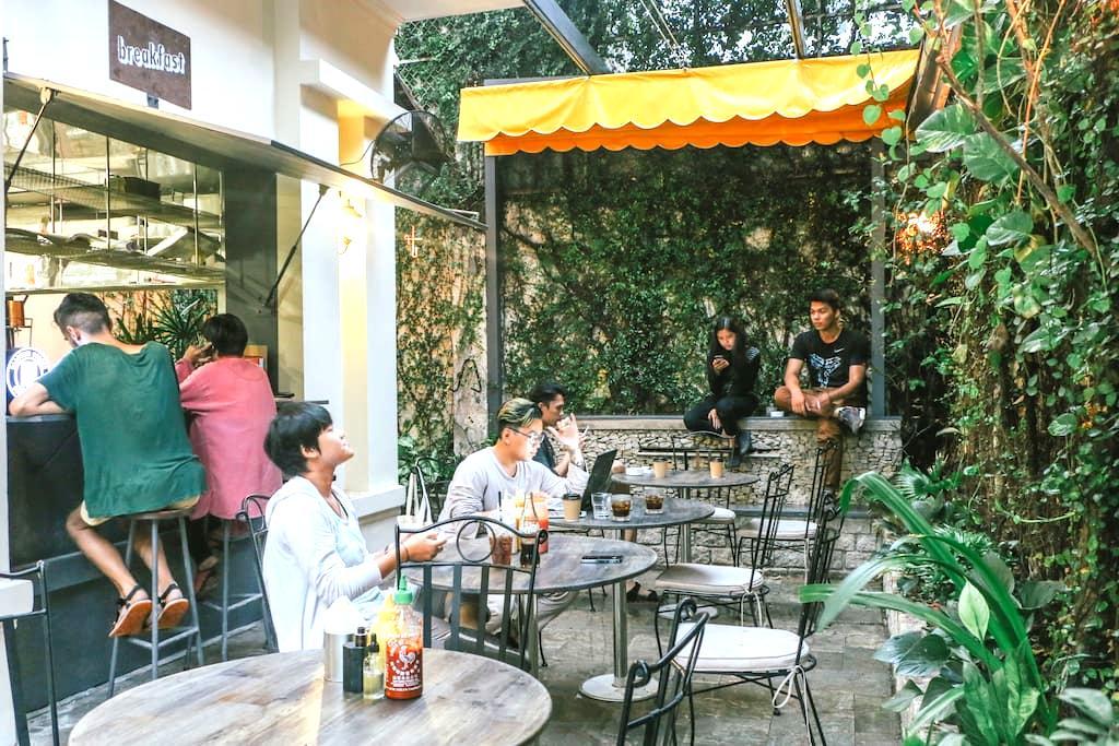 Bunker Bed & Breakfast: The Studio - Ciudad de Ho Chi Minh - Bed & Breakfast