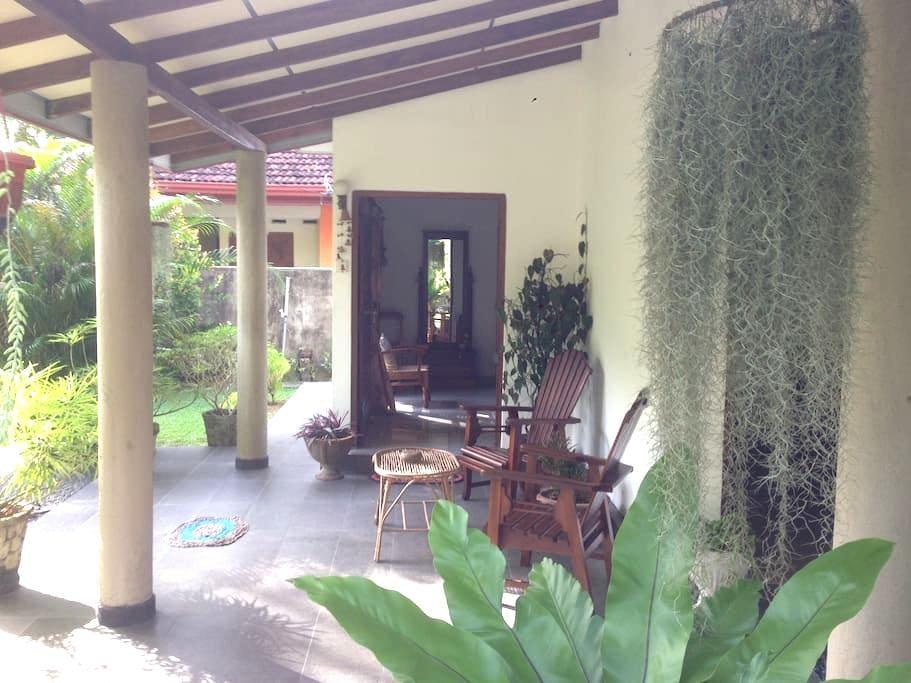 Double room in Bentota - Bentota - Huis
