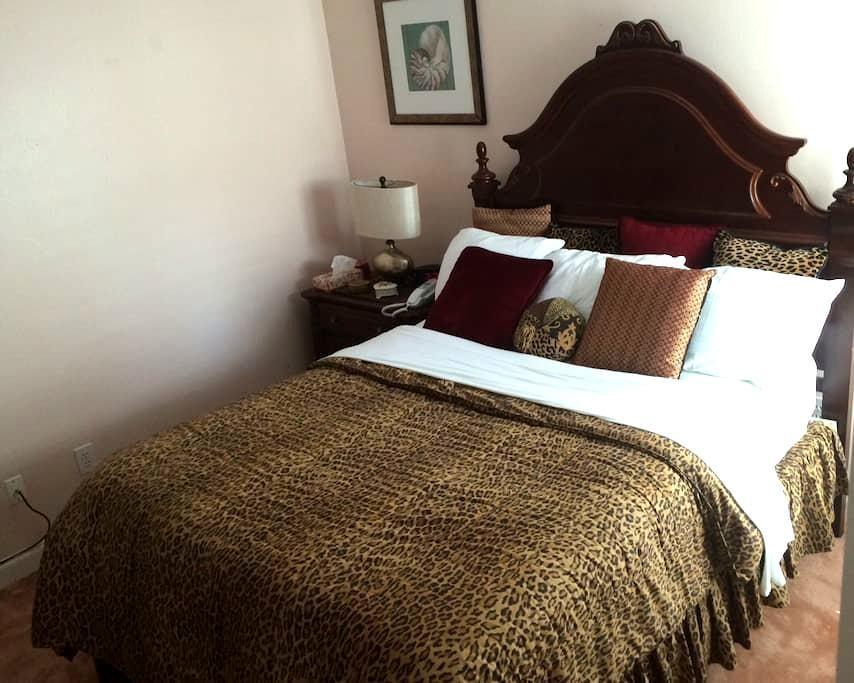 The Restful Suite - Clear Lake Shores - Şehir evi