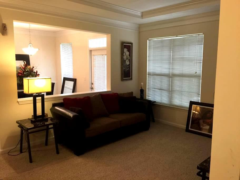 Exotic Home away from Home - Kennesaw - Apartemen