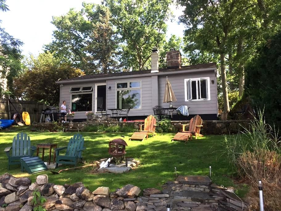 Lake Front retreat 1 hour from Midtown NYC - Wharton - Huis