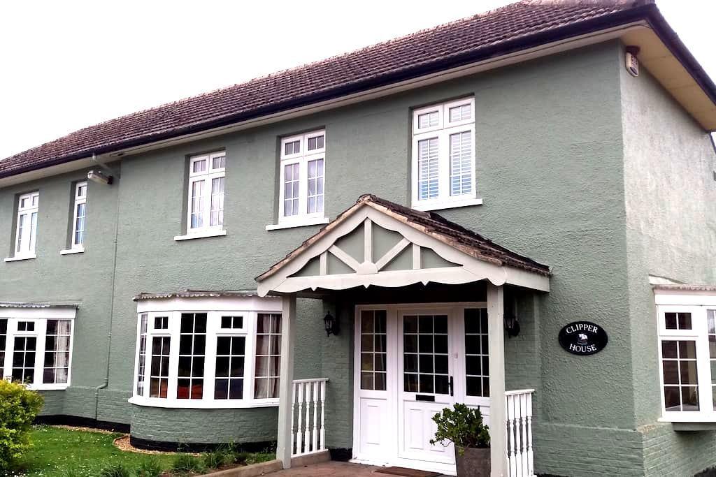 Flexible accommodation in West Norfolk - Walton Highway - Rumah
