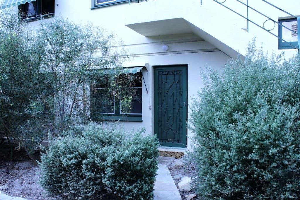 Parkside Lovely Art Deco Apartment - Parkside - Leilighet